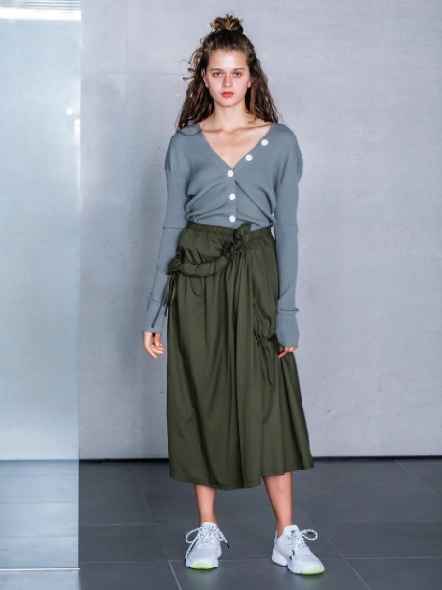【emmi atelier】ボリュームデザインスカート(KKI-0)